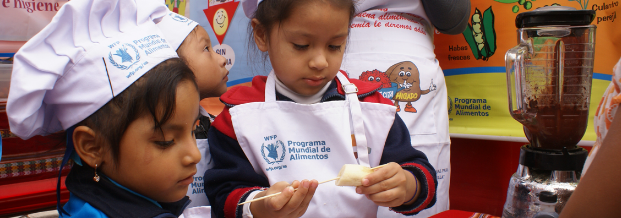 Children participating in the Fundación Repsol programme and the World Food Programme in Peru
