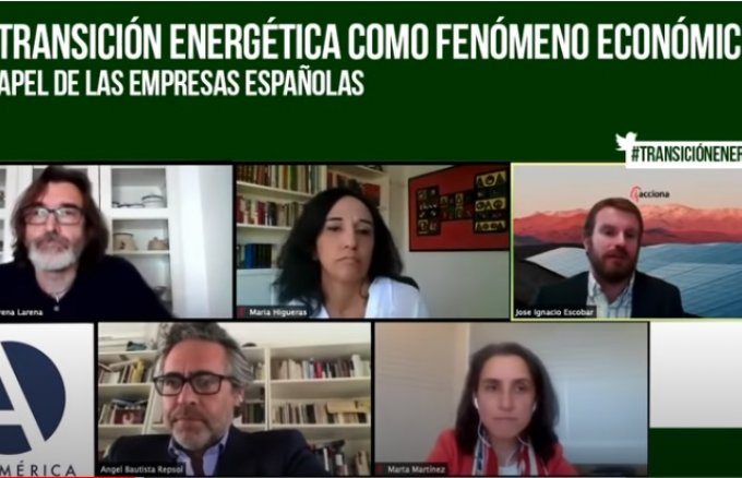 Ángel Bautista, director of Repsol's Institutional Relations; José Ignacio Escobar, executive managing director of Energy at Acciona for Latin America; Marta Martínez, from the department of Energy Policies and Climate Change at Iberdrola, and María Higueras, director of Strategy at Naturgy, participated in a digital conference organised by Casa América and led by Arturo Larena, director of EFEverde, within the Repsol Foundation's cycle of conferences framework.
