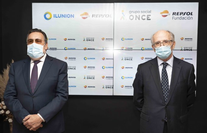 Repsol Foundation has created a company to promote recycling and workforce inclusion together with Ilunion