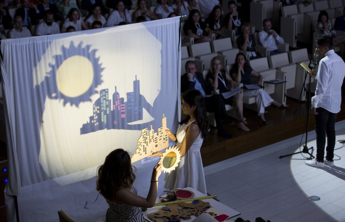 Presentation by a team of students in Fundación Repsol's 4th Energy with Consciousness Championship.