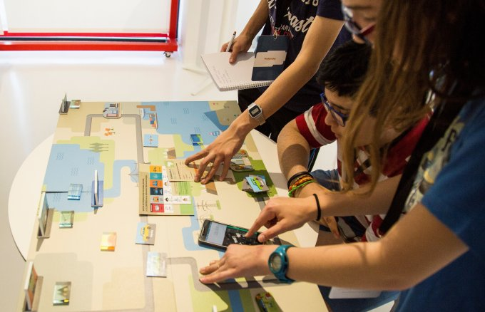 Primary school students taking part in Fundación Repsol's LearningEnergy workshops