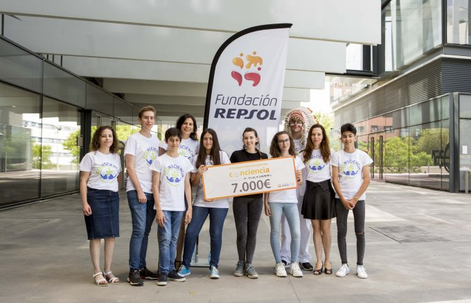 Students of the IES Miguel de Cervantes (Murcia), winners of Fundación Repsol's Fourth Energy with Consciousness Championship